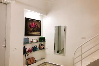 Bán căn hộ TT tầng 1 phố Lò Đúc, Hai Bà Trưng, 70m2, cách đường ô tô 10m, giá 1,5 tỷ