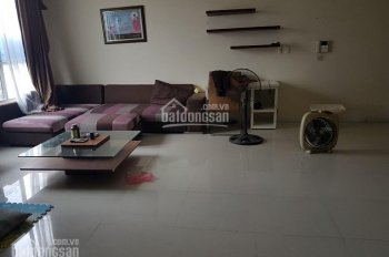 Chủ nhà cần tiền bán gấp căn hộ 123.5m2, Richland Xuân Thủy, giá rẻ nhất khu vực