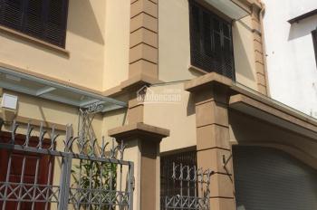 Cho thuê biệt thự siêu đẹp full nội thất phố Võng Thị gần Hồ Tây, đường Lạc Long Quân, chợ Bưởi