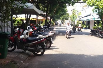 Cho thuê nhà MT 26 Phan Châu Trinh, P Tân Thành, Tân Phú, DT 4 x 20m. Giá 12 triệu/tháng