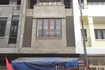 Cần bán gấp nhà Duyên Thái, gần QL1A, tiện kinh doanh buôn bán, ô tô đỗ cửa, giá đất 19 triệu/m2