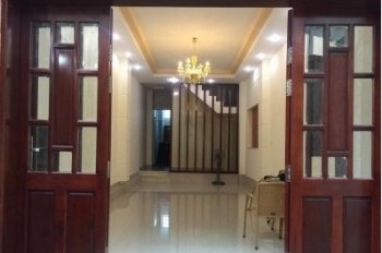 Cho thuê nhà nguyên căn 7x16m, 2 lầu ngay khu sân bay mặt tiền đường Yên Thế, Tân Bình