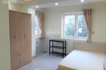 Phòng đẹp mới xây Thành Thái, Q. 10, full nội thất, giờ giấc tự do, hầm xe, thang máy, giá 6tr/th