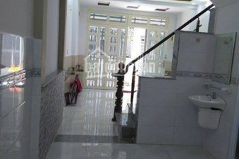 Cần bán căn nhà 750tr, 1 trệt, 1 lầu, gần Nguyễn Văn Bứa, Hóc Môn