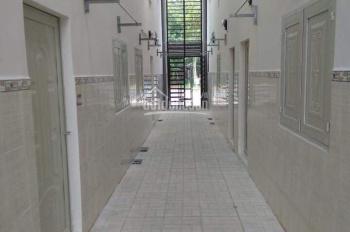 Cần bán gấp dãy 10 phòng, 2 kiot, nhà trọ mới xây đường Liêu Bình Hương, sổ hồng riêng, giá 1 tỷ 5