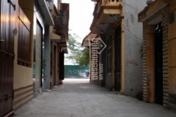 Cho thuê nhà 2.5 tầng, ô tô đỗ cửa, mặt ngõ Nguyễn Khuyến, Văn Quán, Hà Đông, Hà Nội