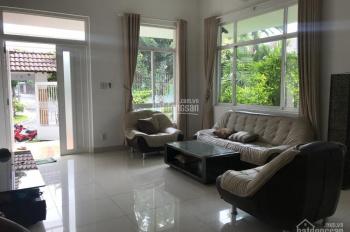 Cho thuê biệt thự khu Nam Long Trần Trọng Cung đầy đủ nội thất, nhà rất đẹp, 288m2 giá 45.000.000 đ