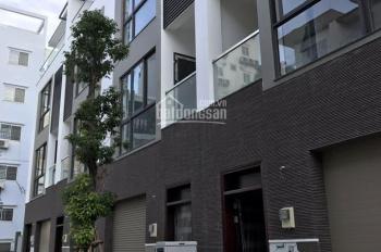 Nhà cho thuê nguyên căn hẻm 181 đường 3/2, đối diện rạp hát Hòa Bình. LH: 0906918996 A. Linh