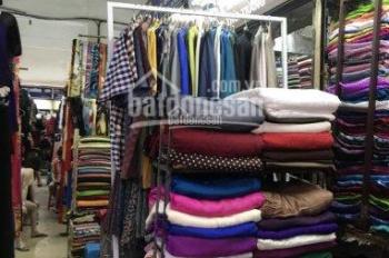 Bán kiot quầy tại chợ Đồng Xuân, giá thương lượng LH: 0915220664
