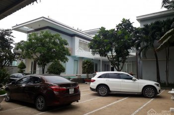 Bán biệt thự gia đình đi nước ngoài, đường Số 1, Long Phước, Quận 9