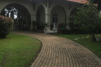 Bán căn biệt thự sân vườn đường Quốc lộ 13, phường hiệp Bình Chánh, quận Thủ Đức