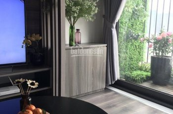 Cho thuê căn hộ mặt đường Lê Văn Thiêm, 82m2, 2PN, đủ đồ chỉ 13 tr/tháng. LH: 0387847288