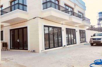 Chính chủ bán nhà 1 trệt 1 lầu, 2PN, WC, giá 900 triệu - SHR, nhà xây mới 100% - LH: 0938.841.604