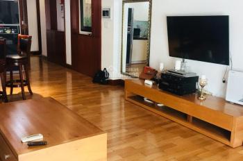 Kiếm khách chơi thân, hạ giá thuê The Manor 2PN, 80m2, chỉ 15 triệu/th. LH ngay Út Rẻ 0938 828 945