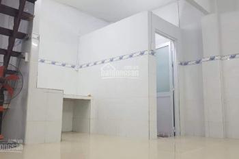 Cho thuê nhà nguyên căn mới xây, Dương Bá Trạc, Q8, ngay cầu Nguyễn Văn Cừ, giá 7 tr/th