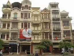 Bán nhà mặt phố Hàng Gà- Hoàn kiếm DT  67m2, giá 32 tỷ khu vực kinh doanh sầm uất