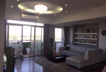 Cho thuê gấp căn hộ Grand Court, Phú Mỹ Hưng, q7 DT 151m2, giá 22 triệu/tháng. LH Mạnh 0909 297 271