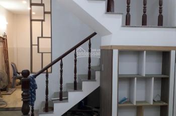 Cần bán gấp nhà hẻm 106 Đình Nghi Xuân, DT 3,7x11m, trệt, gác lửng, giá 3.1 tỷ