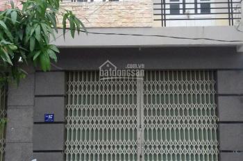 Chính chủ cho thuê nhà nguyên căn mặt tiền đường Nguyễn Tất Thành, Nha Trang. LH: 0908779938