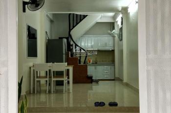 Cho người nước ngoài thuê nhà 6 tầng mặt ngõ (ngõ rộng 10m) Phố Vĩnh Phúc, Ba Đình, Hà Nội