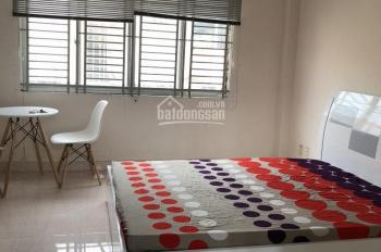 Phòng mới, hẻm xe hơi, có nội thất, đường Lê Quang Định