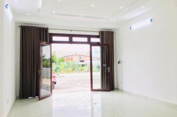 MT ĐƯỜNG 20M -Cho THUÊ NHÀ NGUYÊN CĂN - Jamona City, Q7, 1 phòng khách, để xe hơi, WC riêng