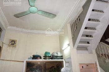 Cho thuê nhà riêng phố Lò Đúc 40m2 x 4 tầng, giá 9tr/th, cách phố 10m