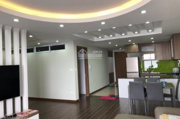 Cần bán căn hộ 440 Vĩnh Hưng, view sông Hồng, đầy đủ nội thất và tiện nghi, DT 106m2, 2PN, 2WC