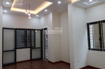 Cho thuê nhà phố Trung Kính, Yên Hòa, Cầu Giấy. DT 50m2 * 5 tầng, giá 30 triệu/tháng