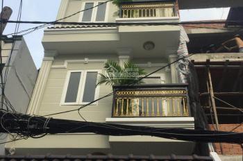 Bán nhà hẻm xe hơi Trần Xuân Soạn, DT 4x15m, 2 lầu ST mới 100%. Giá 6.2 tỷ, hướng Tây