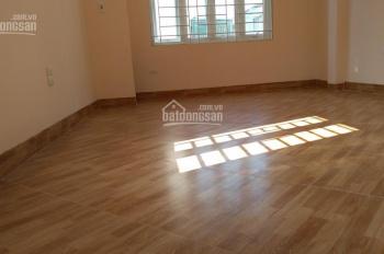 Nhà ngõ 40/38 Phan Đình Giót, 32m2 * 5 tầng mới, ô tô cách nhà 20m