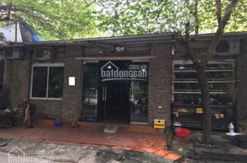 Cho thuê cửa hàng tại ngõ 58 Nguyễn Khánh Toàn. DT 35m2 cho làm tóc, nail, thời trang