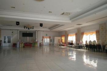 Cho thuê nhà hàng lớn đường Nguyễn Văn Tăng giá 155 triệu. LH 0902465686