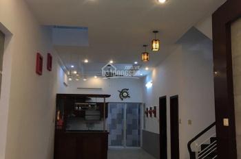 Cần bán gấp biệt thự 280 đường Lương Định Của, P. An Phú Quận 2, diện tích 7x20m. LH 0988689003