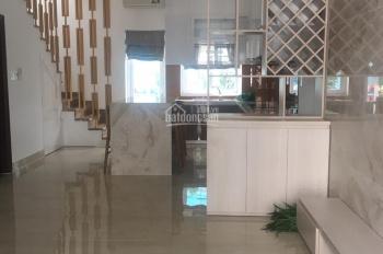 Bán nhà mẫu 5x15m full nội thất cao cấp Park Riverside Q9, hướng Đông Bắc, giá 6 tỷ. Sổ hồng riêng