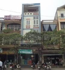 Cần bán nhà mặt phố Nguyễn Văn Cừ, DT 140m2, MT 5m, xây 5 tầng, LH: 0965190000