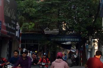 Gia đình bán nhà mặt phố Định Công, DT: 30m2 kinh doanh sầm uất tiện đi lại