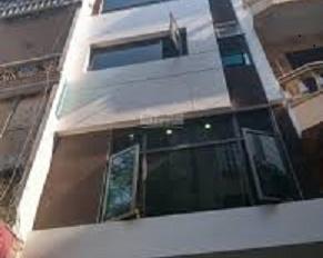 Cho thuê nhà phân lô ngõ 92 đường Nguyễn Khánh Toàn. Diện tích 80m2 x 4 tầng, mặt tiền 5m