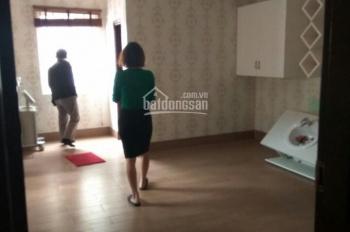 Cho thuê nhà riêng ngõ 196 Lê Trọng Tấn, diện tích 65m2 x 5 tầng nhà đẹp ngõ rộng ô tô đỗ cửa