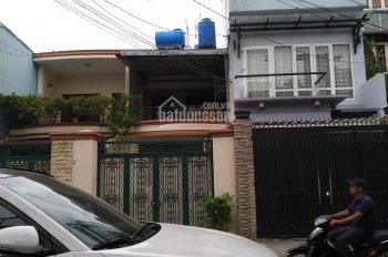 Cuối năm bán gấp nhà mặt tiền Nguyễn Tiểu La, Q10, DT: 3.3x12m, giá 9 tỷ. HĐ thuê 30tr/tháng
