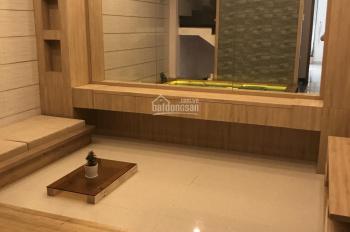 Nhà đẹp cho thuê, DT 5x15m, 3 lầu, giá chỉ 15 triệu
