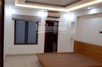 Cho thuê nhà nguyên căn hẻm 10m đường Lê Hồng Phong, Q10, 5x22, 4 tầng, 35tr/th. LH 077.56.179.56