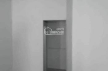 Nhà mới. Giá 5tr/th, 2PN, 2WC, 1 lầu, Phạm văn Bạch