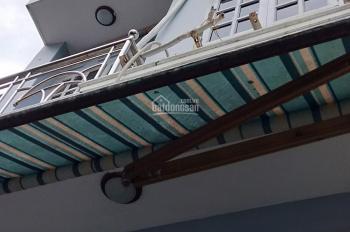 Cho thê căn nhà 1 trệt, 1 lầu 2 PN, 2 WC. Diện tích 50m2, sàn 92m2, giá thê 6tr5/th. Q2, TPHCM