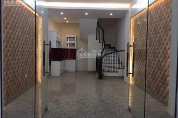 Bán nhà 5T x 35m2 phố Nguyễn Chính, Tân Mai, giá 2.15 tỷ. LH: 0989737045