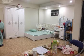 Chính chủ cho thuê căn 20m2 có đủ đồ tại 55 ngõ 21 Lê Văn Lương Hoàng Đạo Thúy sau tòa Golden Farm