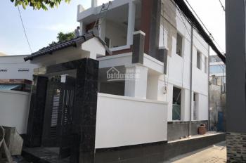 Bán nhà MT đường 11, phường Bình Thọ, Thủ Đức, DT 100m2 1 trệt 1 lầu giá 3,8 tỷ. LH 0909 603 328