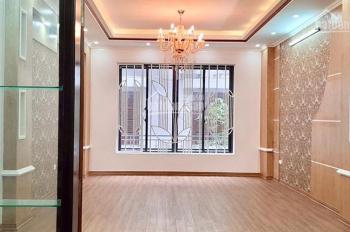 Bán nhà phân lô 50m2 phố Kim Đồng, cực đẹp, ô tô vào nhà, kinh doanh sầm uất, giá 7,7 tỷ