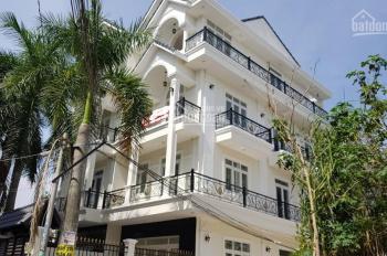 Bán nhà 3 tầng 5x18m căn góc đường ô tô Phạm Hùng, Phước Lộc