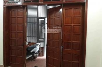 Bán nhà ngõ 5 Hoàng Quốc Việt, Cầu Giấy 50m2 x 5 tầng nhà đẹp nở hậu, giá 4,6 tỷ. LH 0948.549.333